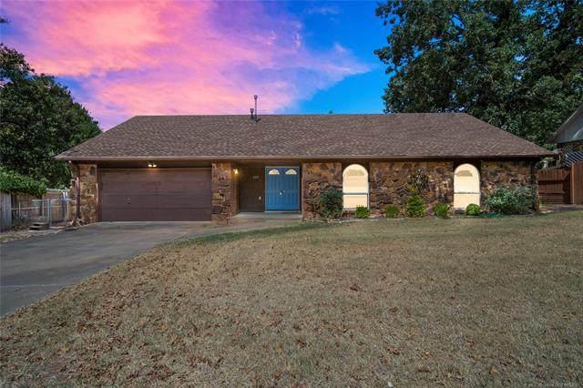 605 W 32nd Street, Sand Springs, OK 74063 (MLS #2132982) :: Active Real Estate