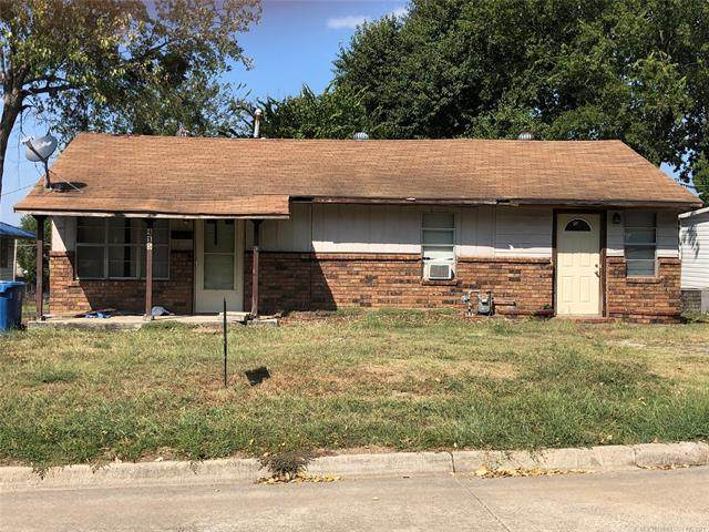 415 W Harrison, Mcalester, OK 74501 (MLS #2133001) :: Hopper Group at RE/MAX Results