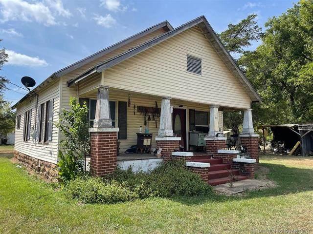 1128 Shawnee, Hartshorne, OK 74547 (MLS #2133227) :: Active Real Estate