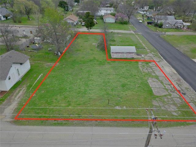 207 N Wade Avenue, Cushing, OK 74023 (MLS #2133302) :: Active Real Estate