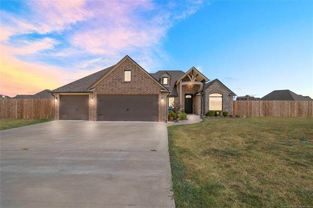 14345 N 62nd East Avenue, Collinsville, OK 74021 (MLS #2133335) :: Hopper Group at RE/MAX Results