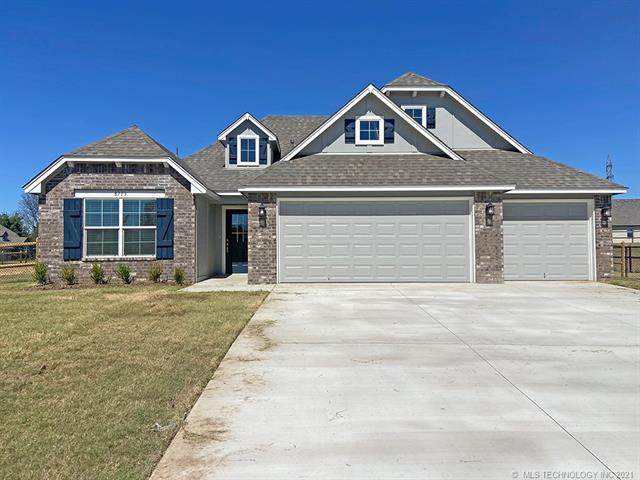 8713 N 63rd East Avenue, Owasso, OK 74055 (MLS #2133452) :: Hopper Group at RE/MAX Results