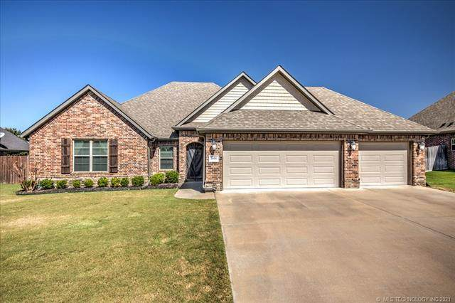 5606 Nottingham Place, Bartlesville, OK 74006 (MLS #2133509) :: Hopper Group at RE/MAX Results