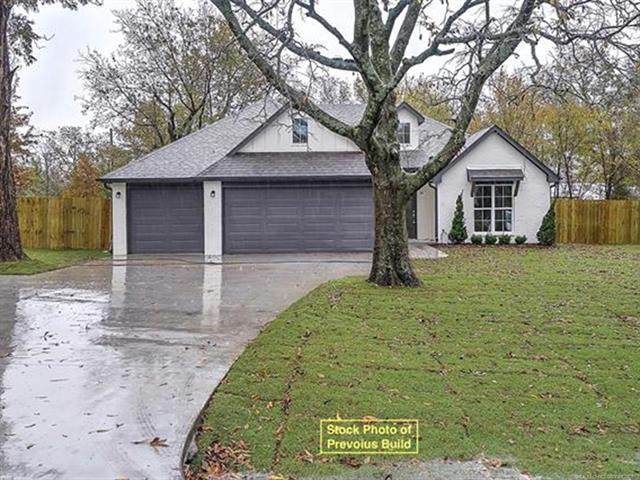 16132 S 251st East Avenue, Coweta, OK 74429 (MLS #2133535) :: Hopper Group at RE/MAX Results