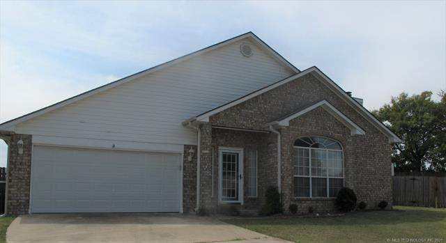 2516 Westwood, Ardmore, OK 73401 (MLS #2133562) :: Hopper Group at RE/MAX Results