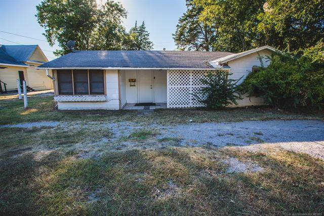 1209 Wolverton, Ardmore, OK 73401 (MLS #2133578) :: Hopper Group at RE/MAX Results