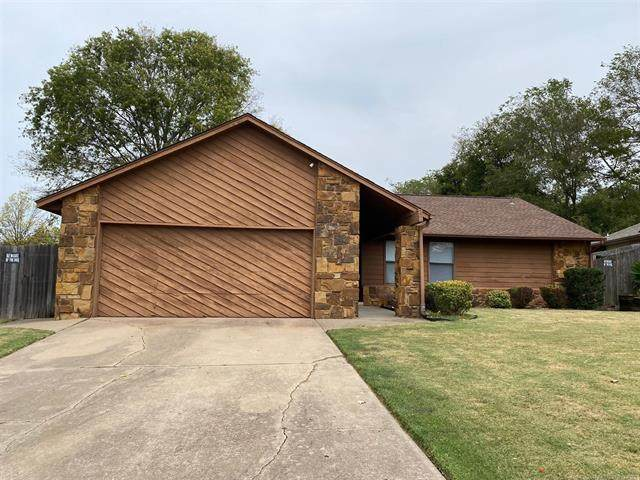 14905 E 33rd Place, Tulsa, OK 74134 (MLS #2133606) :: Hopper Group at RE/MAX Results