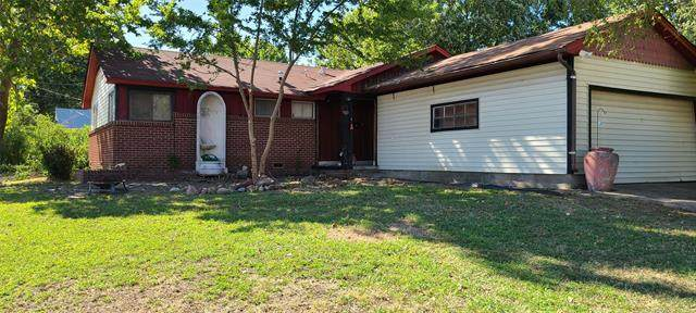 2862 S Maplewood Avenue, Tulsa, OK 74114 (MLS #2133625) :: Hopper Group at RE/MAX Results