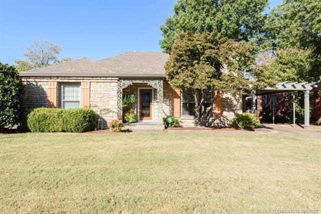 1234 S Delaware Place E, Tulsa, OK 74104 (MLS #2133793) :: Owasso Homes and Lifestyle