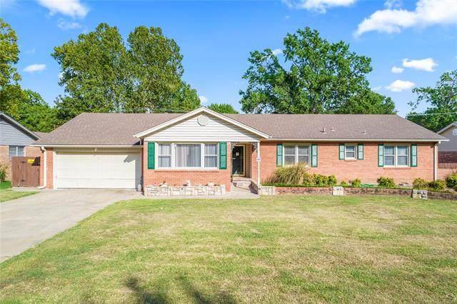 6223 S Utica Avenue, Tulsa, OK 74136 (MLS #2133811) :: Hopper Group at RE/MAX Results