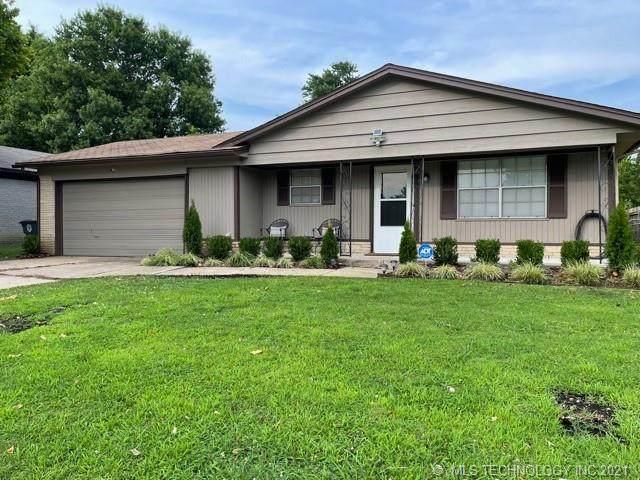 2761 S 117th East Avenue, Tulsa, OK 74129 (MLS #2133963) :: Owasso Homes and Lifestyle