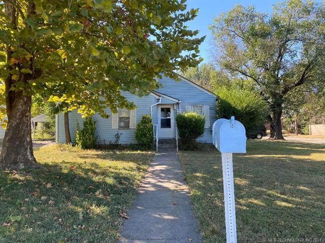 2201 Baugh Street, Muskogee, OK 74403 (MLS #2134364) :: 918HomeTeam - KW Realty Preferred