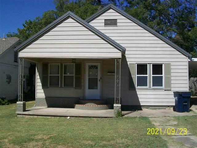 804 E 6th Street East, Ada, OK 74820 (MLS #2134473) :: Active Real Estate