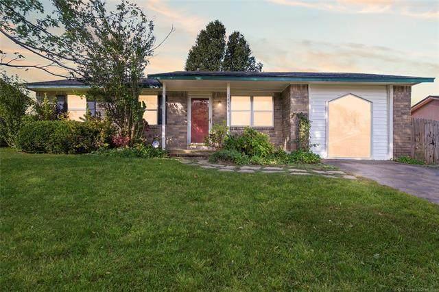 14956 S Yukon Avenue, Glenpool, OK 74033 (MLS #2134528) :: 918HomeTeam - KW Realty Preferred