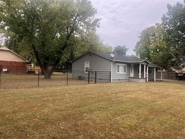 702 E Walnut Street, Fort Gibson, OK 74434 (MLS #2134549) :: 918HomeTeam - KW Realty Preferred