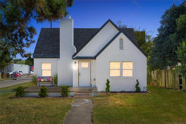1203 S Gary Place, Tulsa, OK 74104 (MLS #2134917) :: Hopper Group at RE/MAX Results
