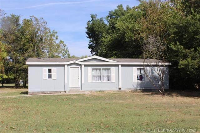 609 E 5th Street, Dewey, OK 74029 (MLS #2135303) :: Active Real Estate