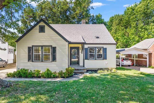 1116 S Richmond Avenue, Tulsa, OK 74112 (MLS #2135318) :: 918HomeTeam - KW Realty Preferred