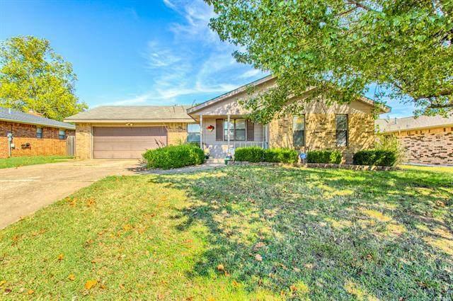 820 Crestview Drive, Cushing, OK 74023 (MLS #2135347) :: 918HomeTeam - KW Realty Preferred