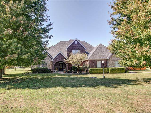 7180 N 197th East Avenue, Owasso, OK 74055 (MLS #2135402) :: Hopper Group at RE/MAX Results