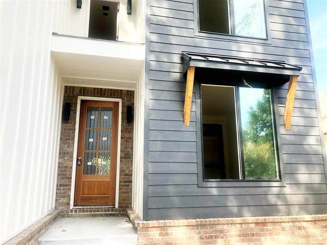 1433 E 37th Place, Tulsa, OK 74105 (MLS #2135978) :: 918HomeTeam - KW Realty Preferred