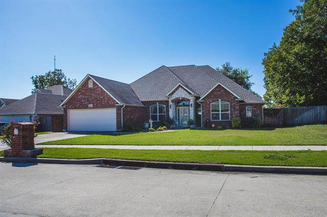 611 Osage, Ardmore, OK 73401 (MLS #2136133) :: Hopper Group at RE/MAX Results
