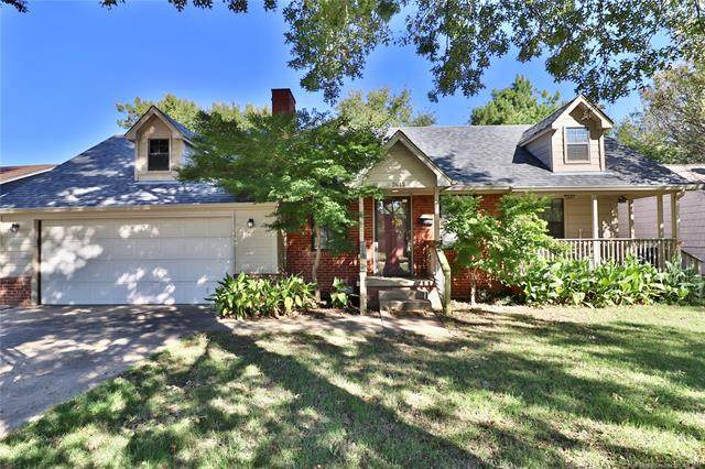 3813 E 11th Place, Tulsa, OK 74112 (MLS #2136154) :: 918HomeTeam - KW Realty Preferred