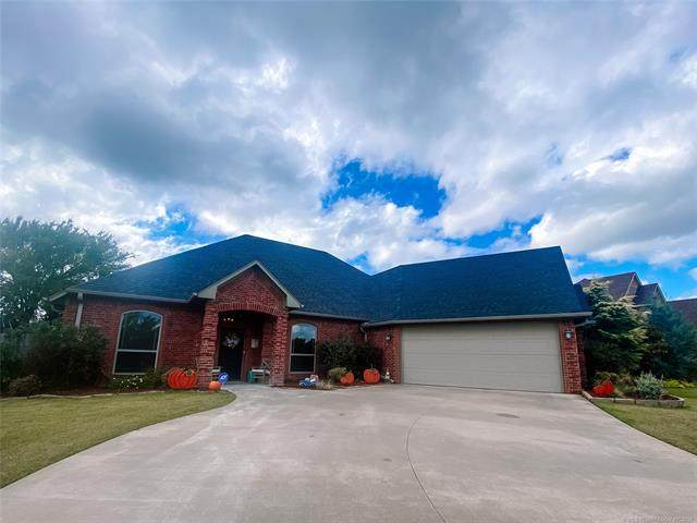 1001 Springfield Court, Durant, OK 74701 (MLS #2136170) :: Active Real Estate