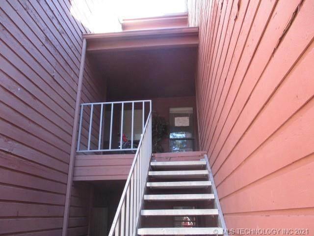 6737 S Peoria Avenue C212, Tulsa, OK 74136 (MLS #2136302) :: 918HomeTeam - KW Realty Preferred