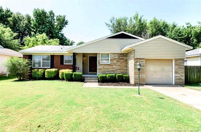 1036 E 53rd Street, Tulsa, OK 74105 (MLS #2136323) :: 918HomeTeam - KW Realty Preferred