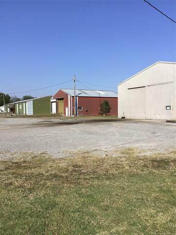 427 N Maple Street, Pryor, OK 74361 (MLS #2136357) :: Hopper Group at RE/MAX Results