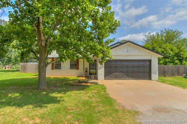 8315 E 131st Place S, Bixby, OK 74008 (MLS #2136428) :: Hopper Group at RE/MAX Results
