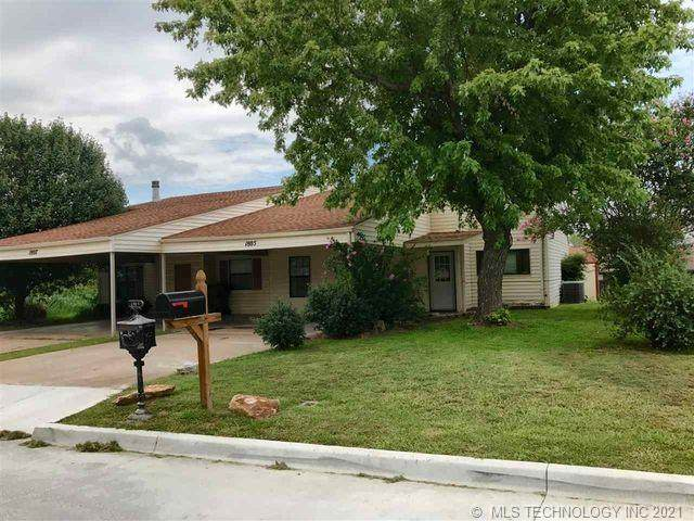 1805 Knox, Ardmore, OK 73401 (MLS #2136439) :: Hopper Group at RE/MAX Results