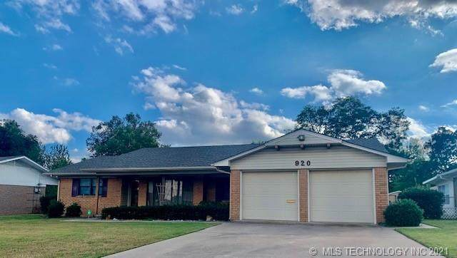 920 Cherry Street, Ardmore, OK 73401 (MLS #2136532) :: Hopper Group at RE/MAX Results