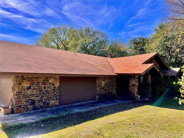 3366 W 82nd Street, Tulsa, OK 74132 (MLS #2136603) :: Hopper Group at RE/MAX Results