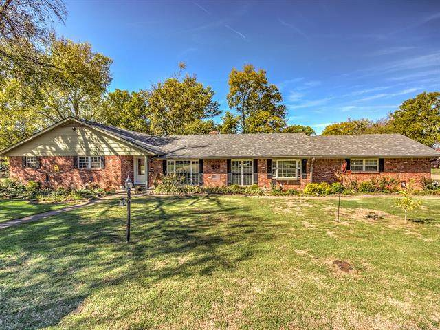 2608 Oakdale Drive, Bartlesville, OK 74006 (MLS #2136635) :: Hopper Group at RE/MAX Results