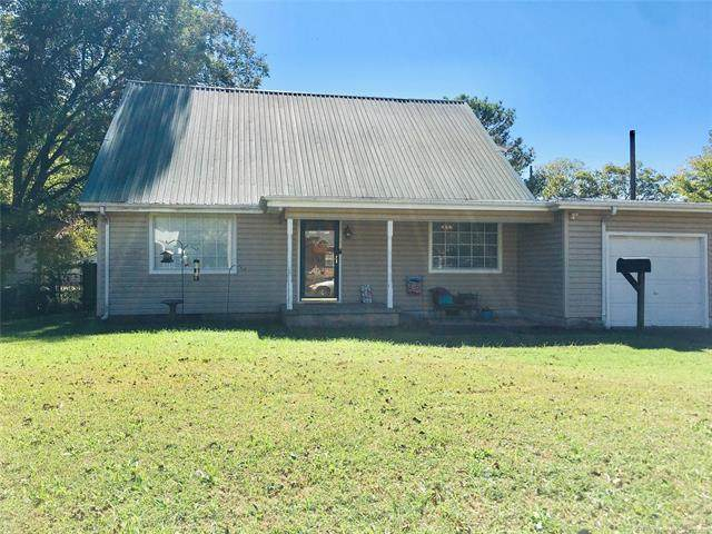 654 12th NW, Ardmore, OK 73401 (MLS #2136721) :: Hopper Group at RE/MAX Results
