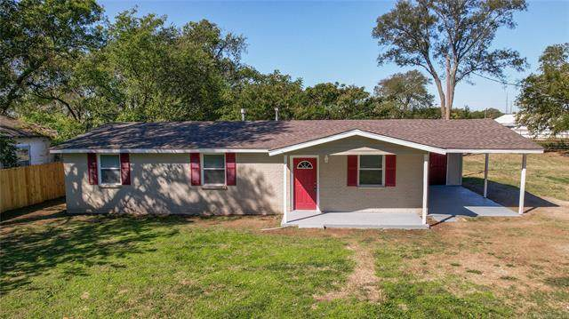 415 SE B. Street, Ardmore, OK 73401 (MLS #2136808) :: Hopper Group at RE/MAX Results