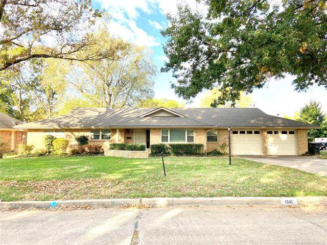 1341 Lariat Drive, Bartlesville, OK 74006 (MLS #2136882) :: Hopper Group at RE/MAX Results