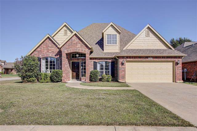 3713 W 110th Place, Jenks, OK 74037 (MLS #2136884) :: Hopper Group at RE/MAX Results