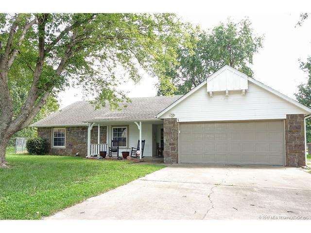 10610 E 96th Place N, Owasso, OK 74055 (MLS #1731938) :: The Boone Hupp Group at Keller Williams Realty Preferred