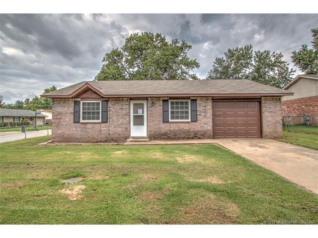 15596 S 292nd East Avenue, Coweta, OK 74429 (MLS #1732009) :: The Boone Hupp Group at Keller Williams Realty Preferred