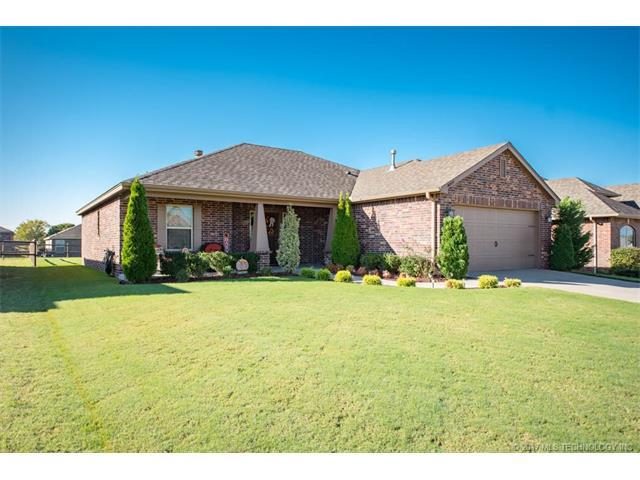 26928 E 142nd Place S, Coweta, OK 74429 (MLS #1738200) :: The Boone Hupp Group at Keller Williams Realty Preferred