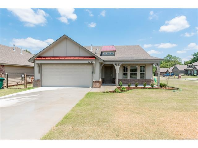 5433 Skylane Place, Sand Springs, OK 74063 (MLS #1739355) :: The Boone Hupp Group at Keller Williams Realty Preferred