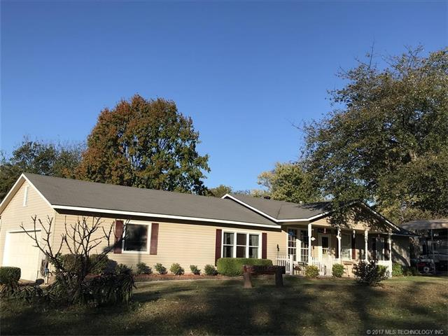 729 Cavalry Street, Fort Gibson, OK 74434 (MLS #1740501) :: The Boone Hupp Group at Keller Williams Realty Preferred