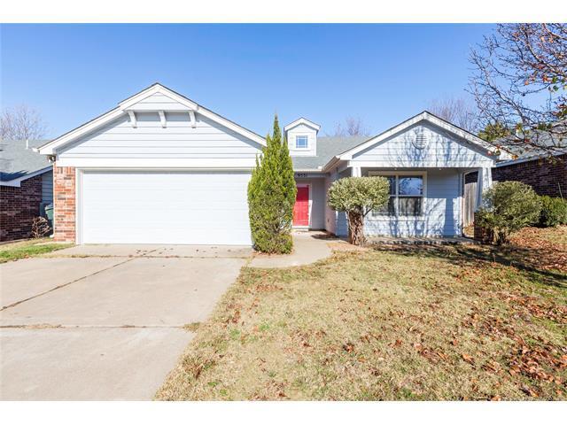 9531 E 97th Street North, Owasso, OK 74055 (MLS #1745329) :: The Boone Hupp Group at Keller Williams Realty Preferred
