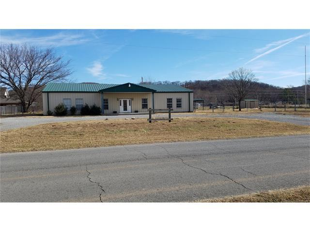 514 S Saltwell Street, Salina, OK 74365 (MLS #1746714) :: The Boone Hupp Group at Keller Williams Realty Preferred