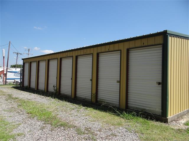 2415 N Main Street, Mcalester, OK 74501 (MLS #1801858) :: The Boone Hupp Group at Keller Williams Realty Preferred