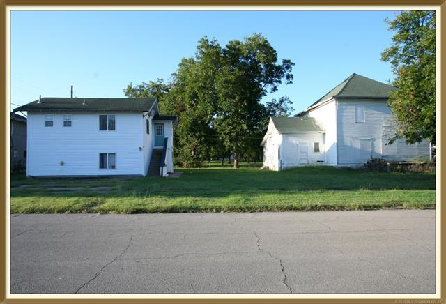 1000 S Keeler Avenue, Bartlesville, OK 74003 (MLS #1803085) :: The Boone Hupp Group at Keller Williams Realty Preferred