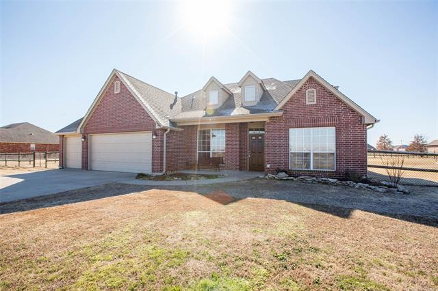 5540 E 145th Street N, Collinsville, OK 74021 (MLS #1804975) :: The Boone Hupp Group at Keller Williams Realty Preferred